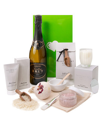 Deluxe Pamper Hamper - Click to order